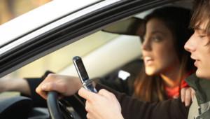 téléphone volant kit main libre voiture