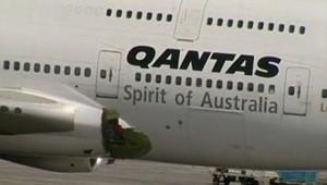 Un boeing 747 a perdu une partie de son fuselage.