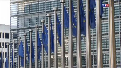 Le 20 heures du 4 octobre 2013 : Lampedusa : l%u2019Europe point�du doigt - 443.684