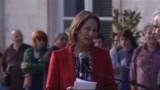 """Royal annonce sa défaite et dénonce une """"trahison politique"""" (VIDEO)"""