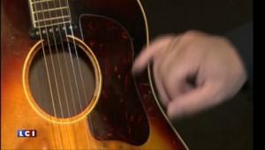 Une guitare ayant appartenue à John Lennon vendue aux enchères 2,4 millions de dollars