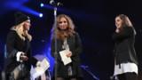 Sur scène avec Madonna, les Pussy Riot narguent Poutine
