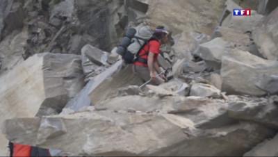 Le 20 heures du 25 mai 2015 : Séisme au Népal : - 1597