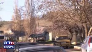 Les forces russes prennent une base ukrainienne en Crimée