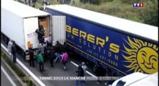"""Calais : les migrants s'organisent pour quitter la """"jungle"""" avant l'hiver"""