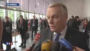 """Ayrault: """"L'intégrité territoriale de l'Ukraine doit être respectée"""""""