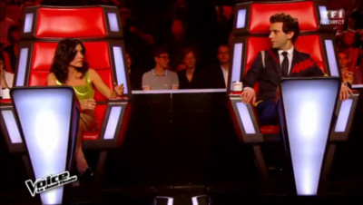 Jenifer et Mika sur le plateau de The Voice