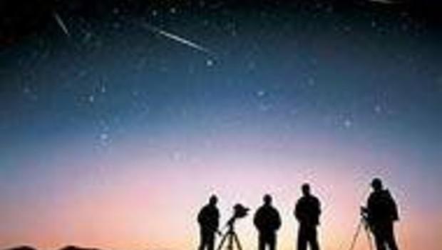 Léonides étoiles filantes comètes astronomes DR: S. Jungers/Ciel & Espace