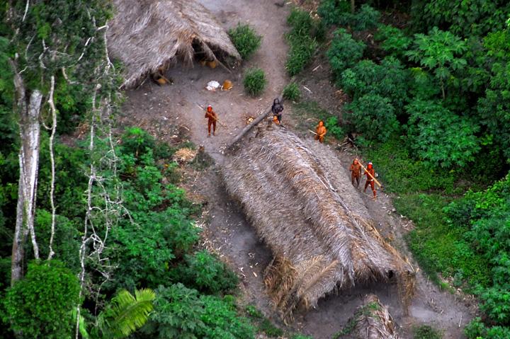 amazonie tribu brésil