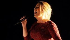 Adele aux Grammy Awards