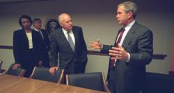 George W. Bush, Dick Cheney et Condoleeza Rice, le 11 septembre 2001, à la Maison-Blanche