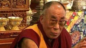 Le dalaï lama, chef spirituel du bouddhisme tibétain, en avril 2008