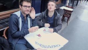 Le YouTubeur Cyprien dans un sketch sur les Roms et les Roumains