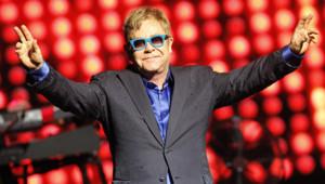 Elton John lors d'un concert à madrid en juillet 2015