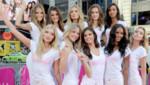 Les nouveaux anges de Victoria's Secret prennent la pause à Times Square le 29 juillet 2015