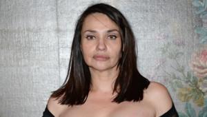 Béatrice Dalle à la Galerie des Gobelins pour l'exposition Carte Blanche à Pierre et Gilles en avril 2014
