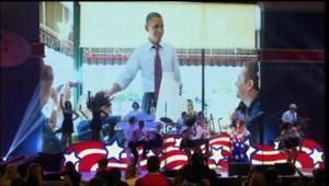 Obama fait du bénévolat avant d'assister à un concert de Kathy Perry