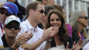 JO de Londres : William et Kate lors du concours complet d'équitation, remporté par l'Allemagne, et où Zara Phillips a gagné une médaille d'argent par équipes (31 juillet 2012)