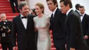 L'équipe du film Sicario sur les marches à Cannes le 19 mai 2015