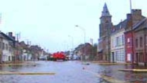 Inondations Somme Abbeville 11 avril 2001 rue