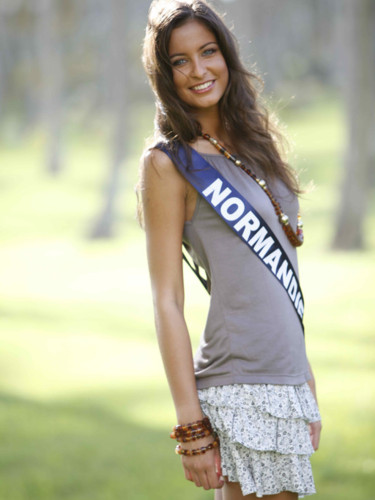 Miss Normandie 2009 - Menard Malika : candidate Miss France 2010