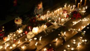 Hommage aux victimes des attentats de Paris une semaine après, le 20 novembre