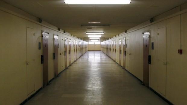 Un couloir de la centrale de Poissy.