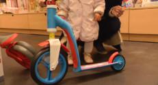Le 13 heures du 18 décembre 2014 : Noël : rollers, trottinettes%u2026 Des jouets qui ont toujours la côte ! - 1420.4231153564451