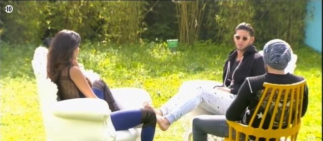 Leila, Sacha et Aymeric se réunissent pour confronter leurs théories sur le secret de Nathalie.