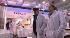 Le 13 heures du 18 décembre 2014 : Noël : les poissonniers font leur sélection à Rungis - 1555.748672973633