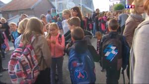 Le 13 heures du 25 août 2015 : Champagne-Ardenne : à Asfeld, c'est déjà la rentrée pour 200 élèves - 704