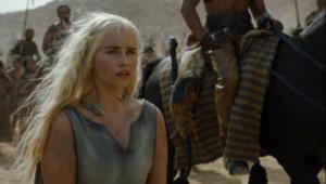 Les paysages de la saison 7 devraient devenir tout blancs. Mais pas de doute, Daenerys, la mère des dragons, devrait réussir à s'adapter dans sa conquête du trône de fer.