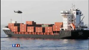 Un cargo allemand libéré des pirates en Somalie : les images