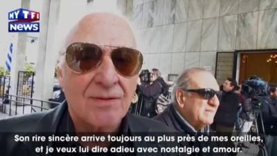 Les proches de Demis Roussos lui disent un dernier adieu