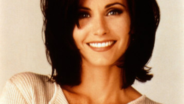 Who Is This - Page 6 Courteney-cox-friends-10376224brlkm_1713