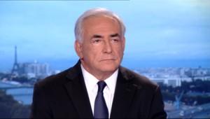Dominique Strauss-Kahn est l'invité du journal télévisé de Claire Chazal, à 20 heures sur TF1 le 18 septembre 2011