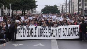 Le 20 heures du 10 janvier 2015 : Dans les grandes villes, comme dans les villages, les Français mobilisés contre le terrorisme - 252.70600000000002