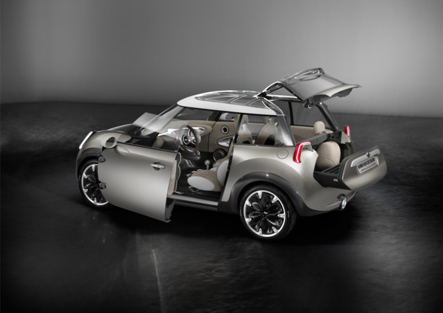 photo de la mini rocket man concept presente salon geneve