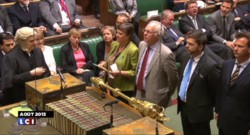 Royaume-Uni : David Cameron plaide en faveur des frappes en Syrie