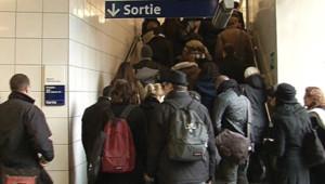 Des usagers du RER