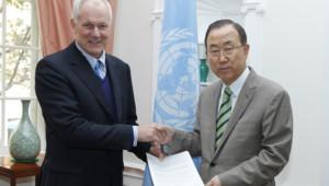 Syrie : le chef des inspecteurs de l'Onu remet le 16/09/13 à Ban Ki-moon son rapport sur l'attaque chimique du 21/8/13