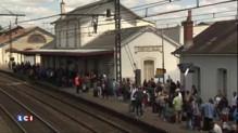 TGV Bordeaux-Paris : fatigués, parfois énervés, 300 voyageurs bloqués pendant 4 heures