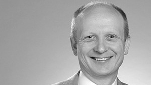 Jean-Christophe Adriaens, Groupe Experia