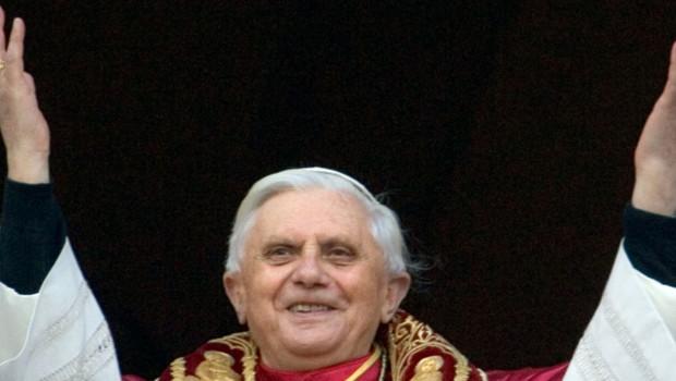 Le pape Benoît XVI le 19 avril 2005