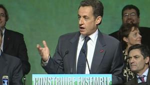 Nicolas Sarkozy lors de son meeting sur l'Education à Angers, le 1er décembre 2006 (LCI)