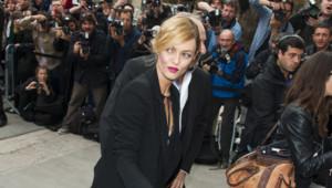 Vanessa Paradis au défilé Chanel lors de la Fashion Week de Paris le 1er octobre 2013