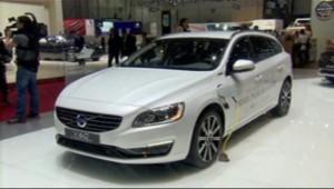 Véhicule hybride présenté au Salon de l'Automobile de Genève (7 mars 2013)