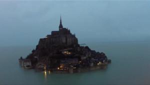 Le 13 heures du 20 février 2015 : Grandes marées : le Mont Saint-Michel redevient une île - 52.634