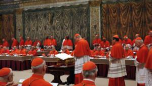 Les cardinaux-électeurs se réuniront en conclave à partir de mardi.