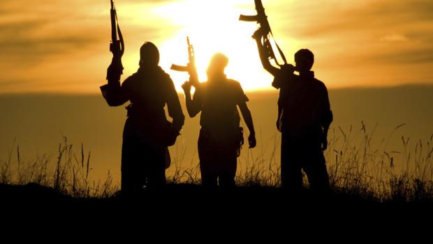 Des hommes armés (Image d'illustration)